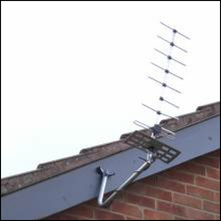 Mounting your aerial, not like this. It`s not supposed to be aligned on a satellite, go and buy a dish, tight git.