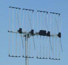 Grid / four stacked array aerial