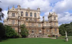 Wollaton Hall 250W L5 21kB