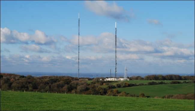 David Foords picture of Rowridge transmitter 650W L2 84Kb