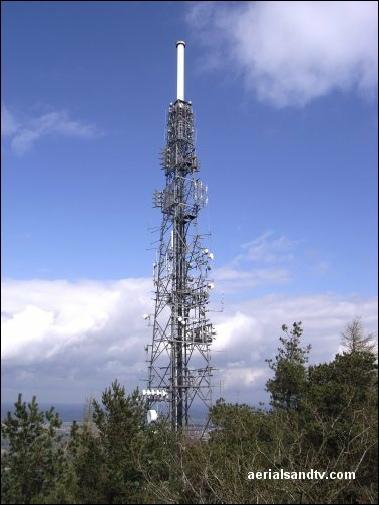 The Wrekin transmitter up close 505H L5 72kB