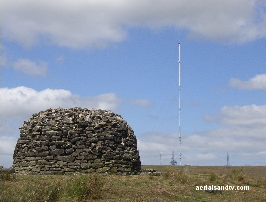 Winter Hill transmitter and the cairn L5 88kB