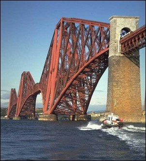 Forth bridge, pondering 301W L5
