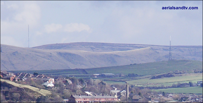 Saddleworth (right) and Holme Moss (left) transmitters 700W L5